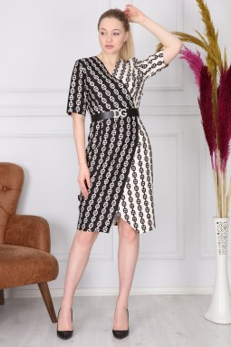 Chain Pattern Black and White Dress
